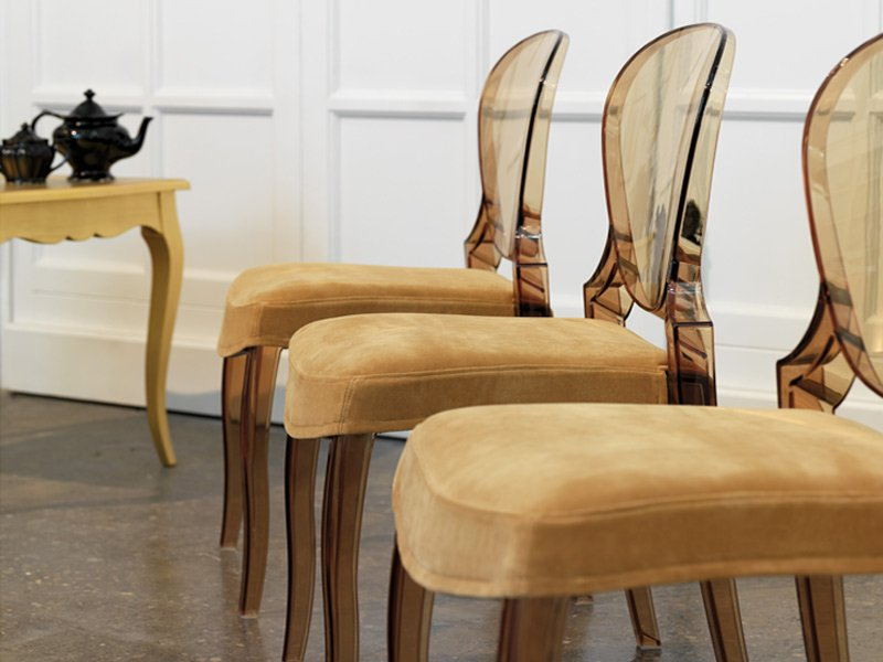 Silla queen con asiento tapizado pedrali for Sillas metacrilato